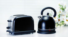 6002322006856 RUSSELL HOBBS BREAKFAST PACK BLACK